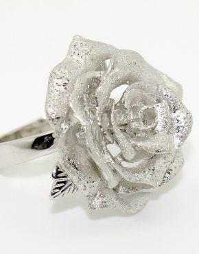 Ezüst rózsa gyűrű